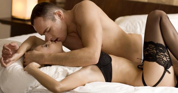 O que a mulher espera do homem na cama