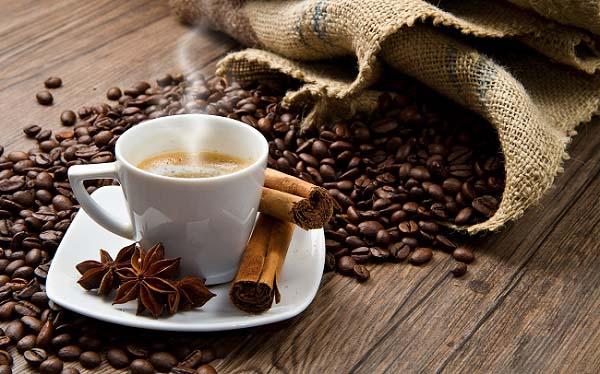 Atitudes simples que deixam qualquer dia mais feliz: valorize o cafézinho