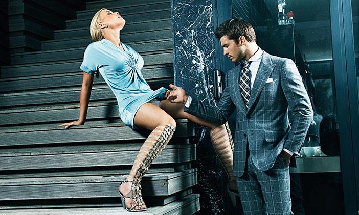 Ele ama orgia, me domina, paquera outras mulheres e mesmo assim gosto dele!