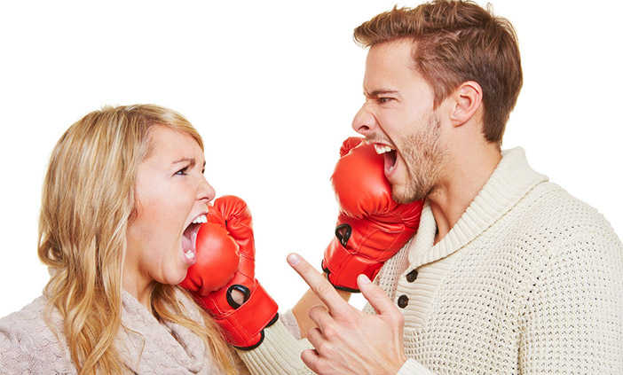 Como ofender um homem e uma mulher