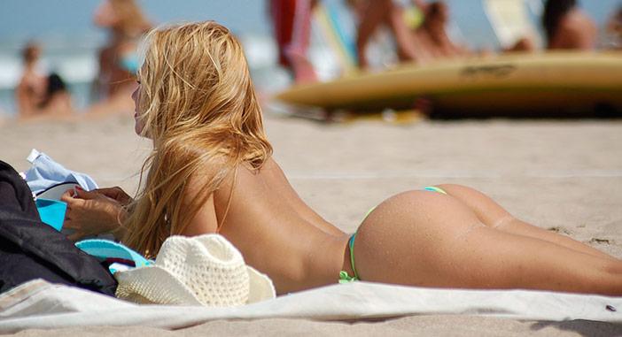 Vim de um país onde fazer topless é normal, mas ele não aceita. E agora?!