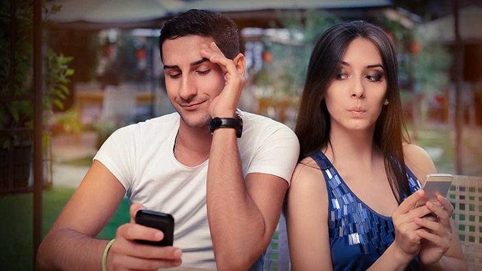 Traição virtual (troca de nudes) no Tinder é mesmo traição?