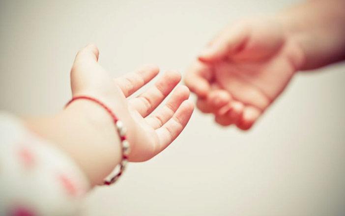 Não tenho força de vontade e sinto que preciso que alguém segure minha mão e me ajude