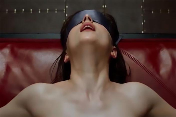 Só fico satisfeita praticando dominação e submissão, mas ele negligencia o que eu gosto!