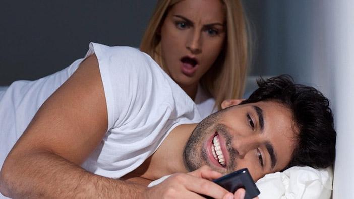 É normal ser traída na relação?