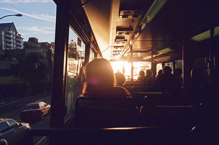 Me apaixonei por um estranho que pega ônibus comigo!